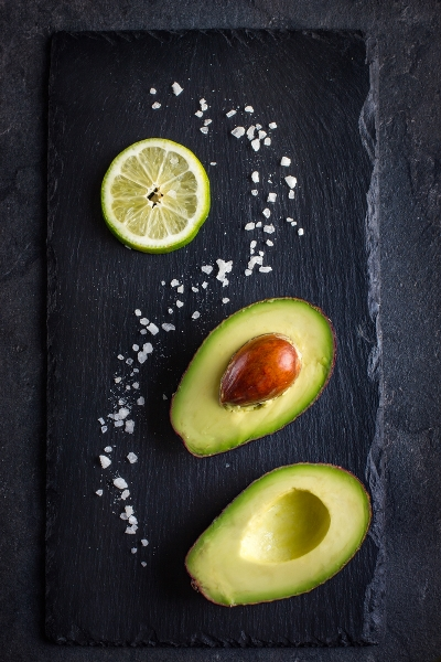 Pin this to your diet board now: You love avocado, can it help you lose weight fast-- check out these healthy low-carb snacks that you can use today to lose weight and feel great with Personal Trainer Food today!