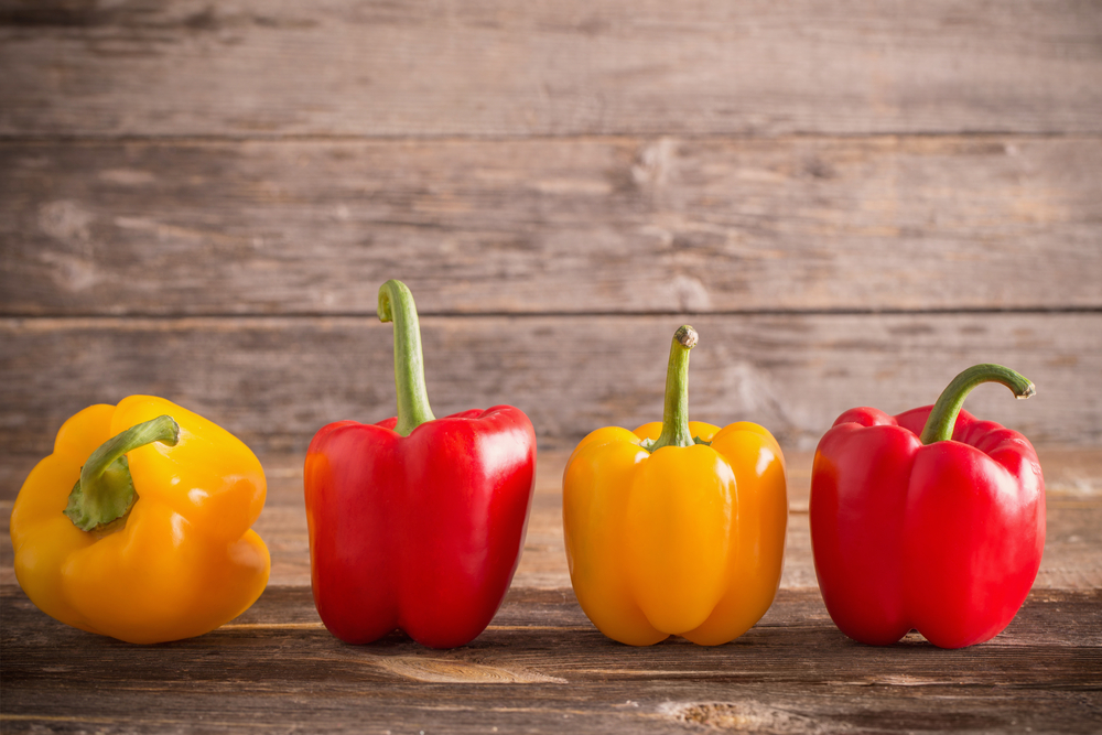 Ever tried a gooey melty low-carb Philly bell pepper to lose weight; here's a yummy recipe from Personal Trainer Food!