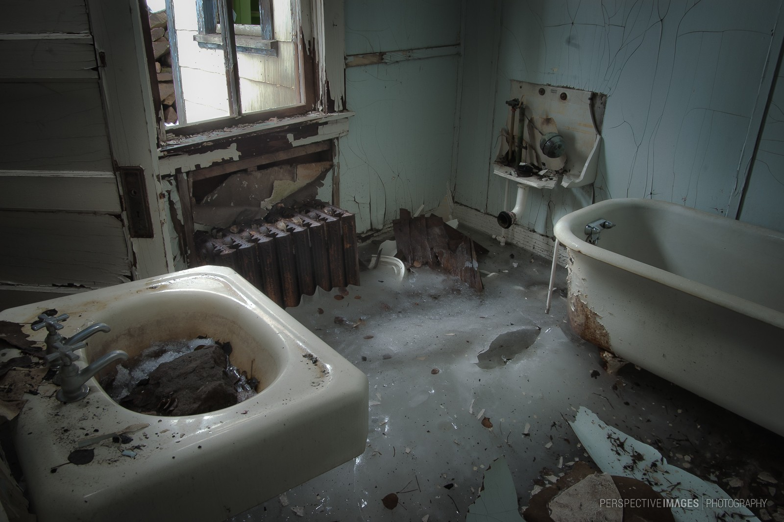 who left the tap running? - perspective images photography