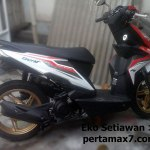 Modifikasi Ringan All new Honda BeAT eSP 2016 merah putih Cat Velg Emas