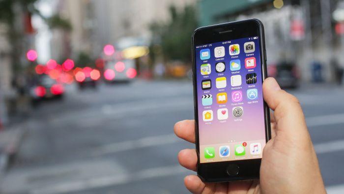 Apple confirma que tu iPhone se hace más lento si tiene una batería desgastada