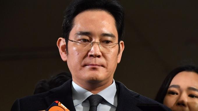 El máximo representante de Samsung ha sido arrestado por corrupción y soborno