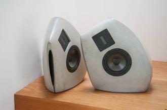 Lautsprecher aus Beton GOS II frontal