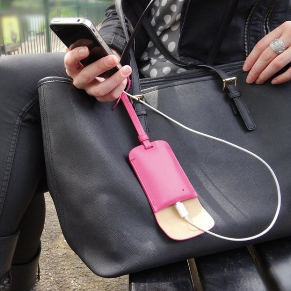 Bag Tag Smartphone Charger