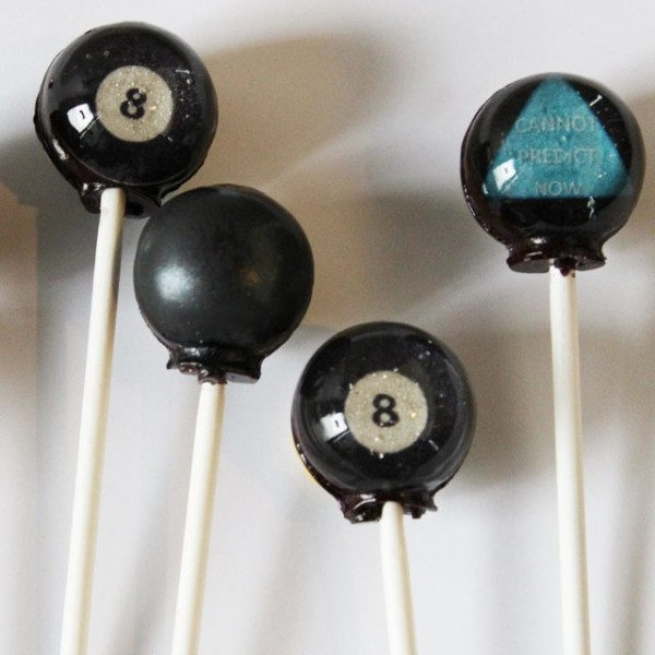 Magic 8 Ball Lollipops