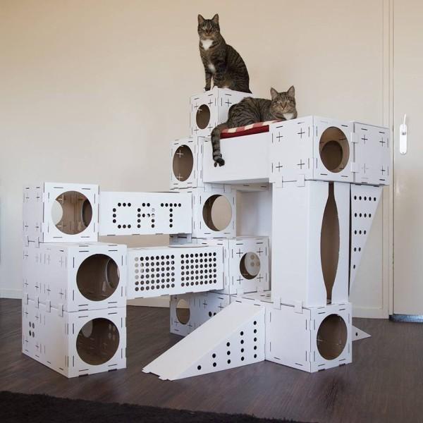 Blocks Modular Cat Playhouse