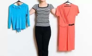 ファッションに悩む女性