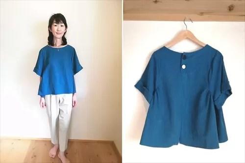 大房さんがメチャカリでレンタルした洋服の着画像(ブルーのトップス+白パンツ)