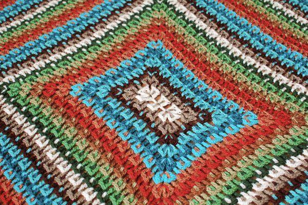 Crochet Kaleidoscope Afghan Pattern | www.petalstopicots.com