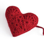 Free Heart Sachet Pattern from Stitch Red