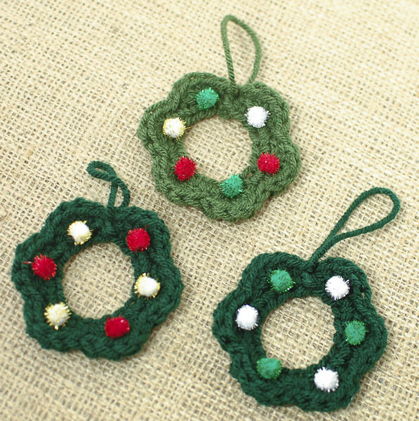 Wreath Crochet Pattern Free Christmas Pattern Petals To Picots