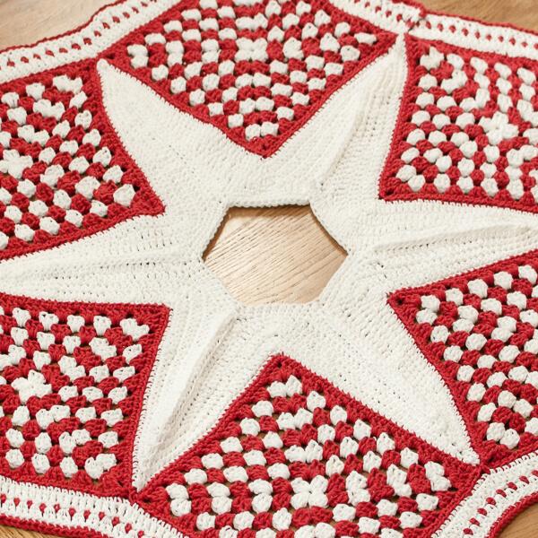 Easy Crochet Christmas Tree Skirt: Crochet Christmas Tree Skirt Pattern