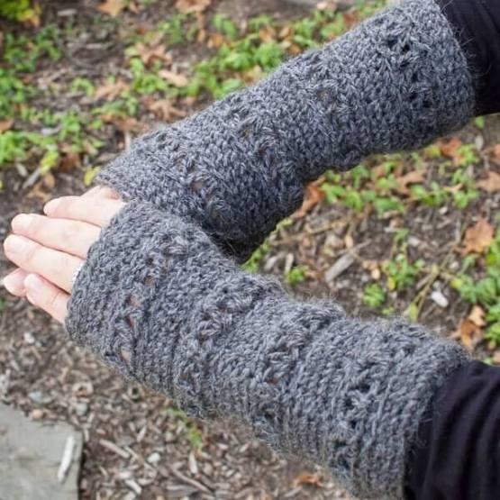V Stitch Wristwarmer Crochet Pattern Petals To Picots