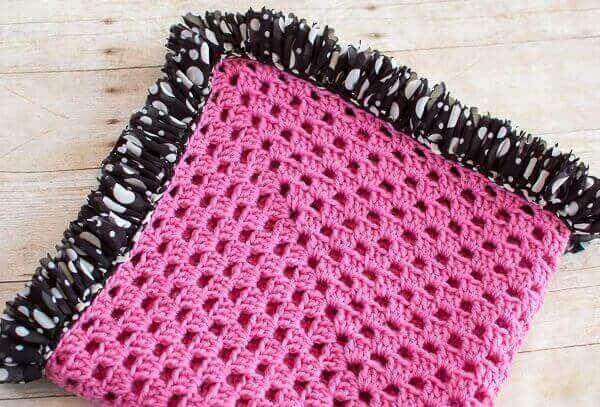 Ruffle Edged Crochet Baby Blanket Pattern | Petals to Picots