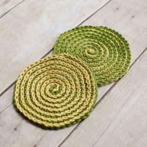 Summer Spiral Crochet Coasters Pattern   www.petalstopicots.com   #crochet #pattern #coasters #decor #home