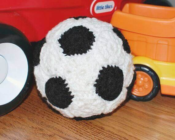 Free Soccer Ball Crochet Pattern