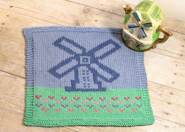 Windmill Graph Pattern to Knit or Crochet | www.petalstopicots.com | #crochet #knit