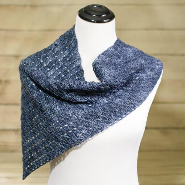 Any Season Asymmetrical Shawlette   www.petalstopicots.com   #crochet #fiber
