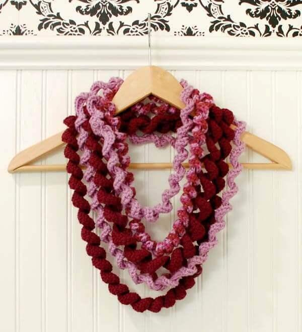Crochet Corkscrew - Curlicue Spiral Scarf Pattern
