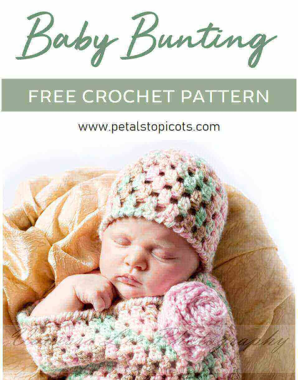 This crochet baby bunting and matching hat pattern set is perfect for keeping baby cozy and swaddled and is also adorable for baby's first photo shoot! #petalstopicots