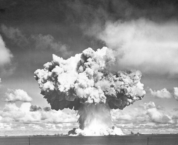 Photos from the Worlds First Underwater Nuclear Explosion crossroadsbaker 5