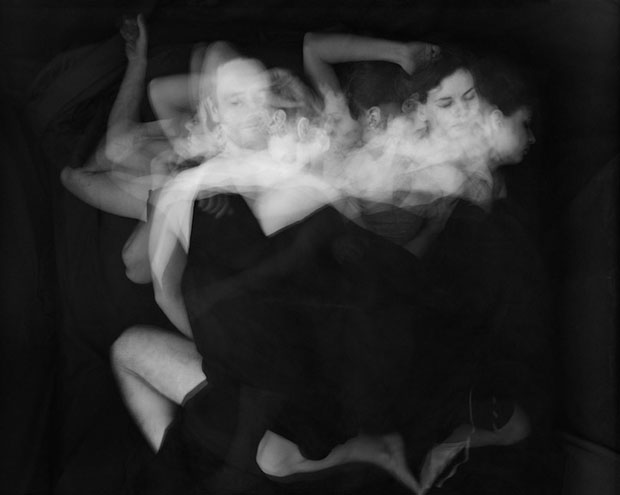 Long Exposure Photos Showing Couples Tossing and Turning at Night sleepofbeloved 1