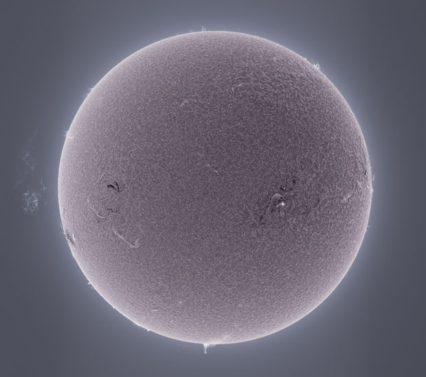 Photographer Captures Detailed Photos of the Sun From His Backyard sunphotos 7
