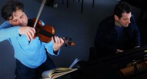 rehearsing with Daniel-Ben Pienaar 29 3 16 Photo Malene Skaerved