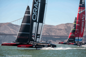 Oracle Team USA vs Emirates Team New Zealand - America's Cup