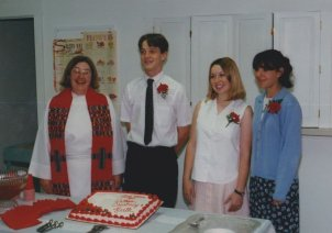970601-confirmation-courtney-dunning-ruth-conroy-nathan-luscombe-pastor-barbara-herber1o