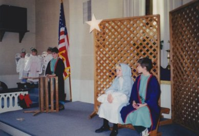 9812-christmas-pageant-what-child-was-this-mary-joseph1o