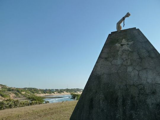 Monument to the Fallen Heroes, Tofu, Mozambique
