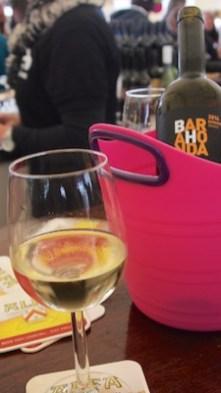 Onmisbaar bij asperges: een lekker glaasje wijn
