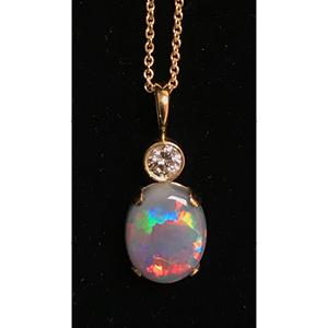 Opal dia Pendant.jpg