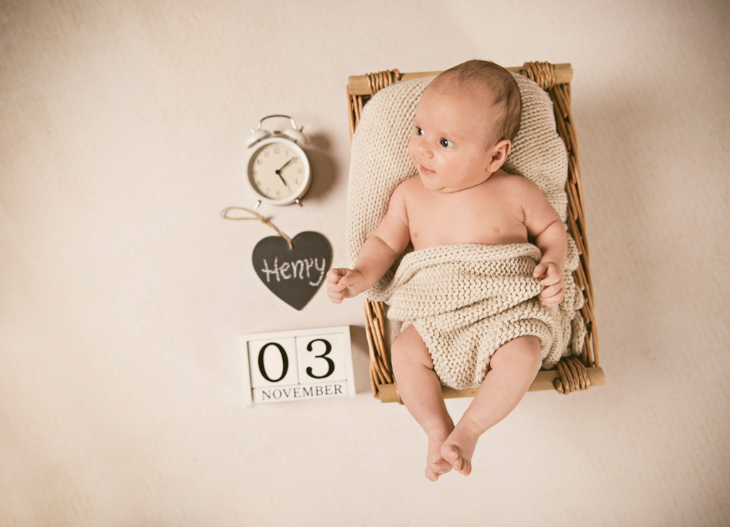 wundervolles neugeborenen fotoshooting mit henry