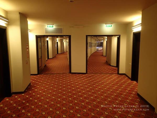 Olimpia szálló folyosó