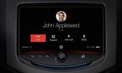 Phonecall-Through-Apple-CarPlay-Screen