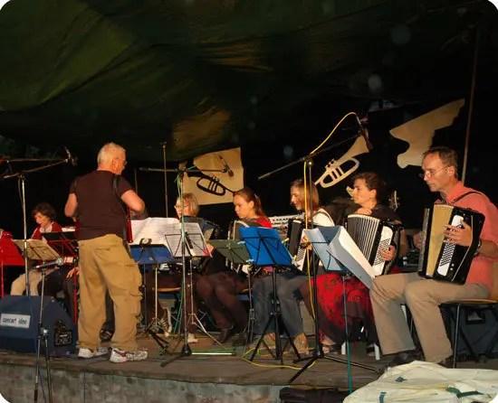 Akkordeons auf der Bühne