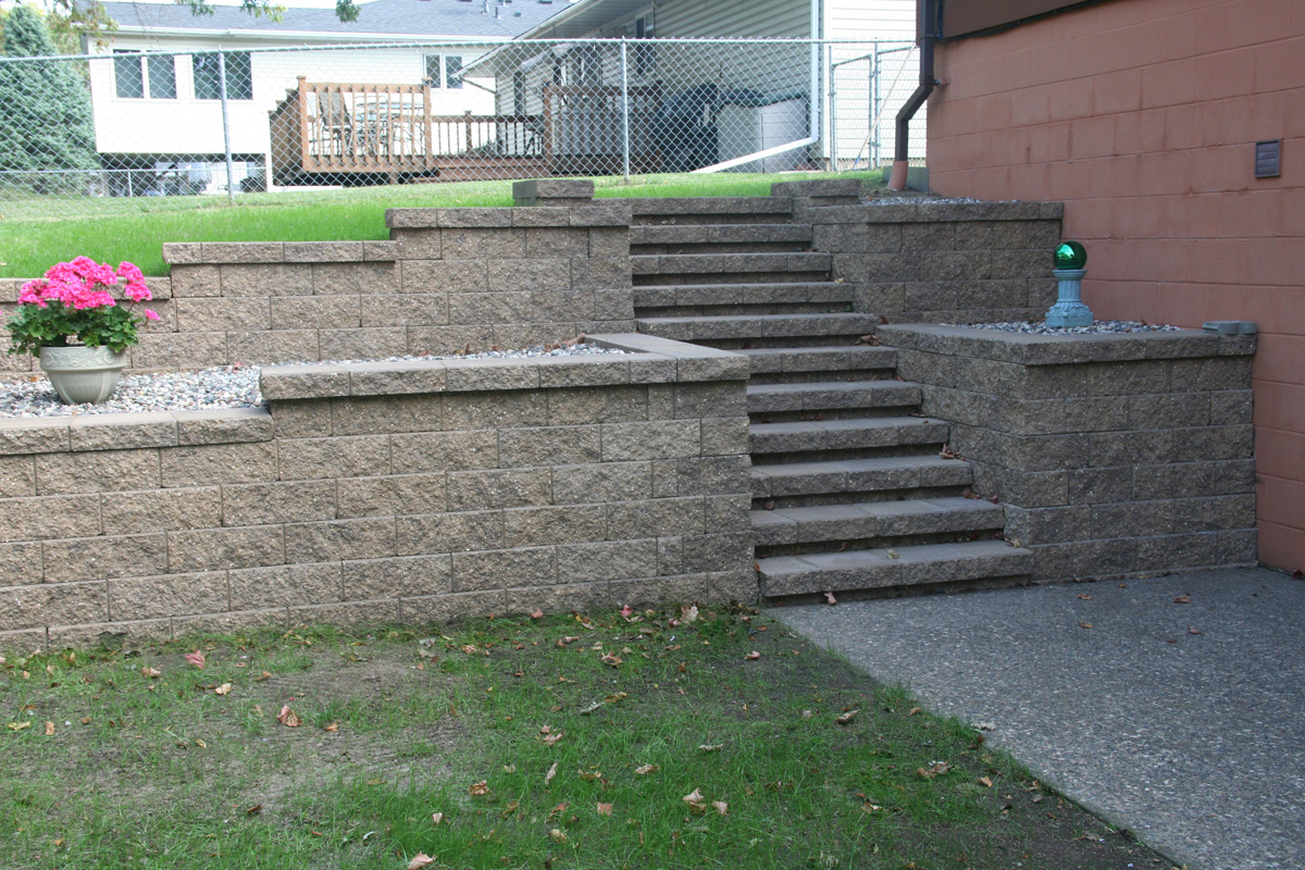Retaining Walls - Wall Blocks - Retaining Wall Designs ... on Backyard Cinder Block Wall Ideas  id=93358