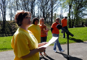 Brenda from the MS Society greets walkers before the walks kick-off.