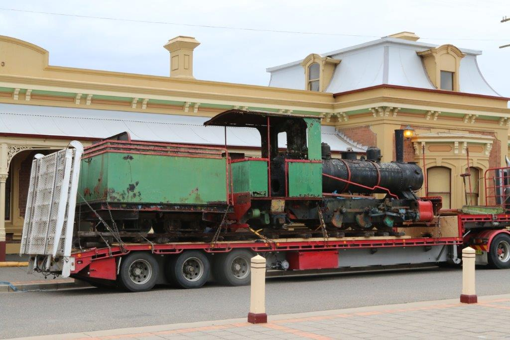 2016-2092: The Perry, together with the Fowler's tender, within the Junee station forecourt.