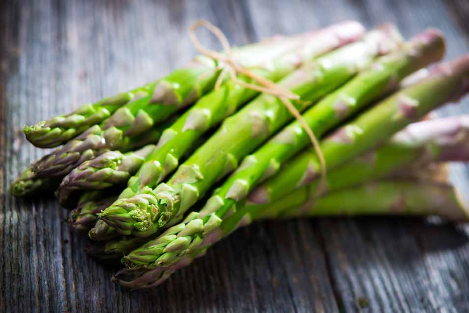 Picture of asparagus on wood