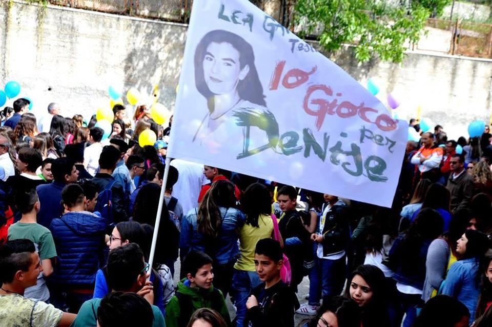 Il profumo della speranza, dedicato a Denise, invade le strade di Pagliarelle