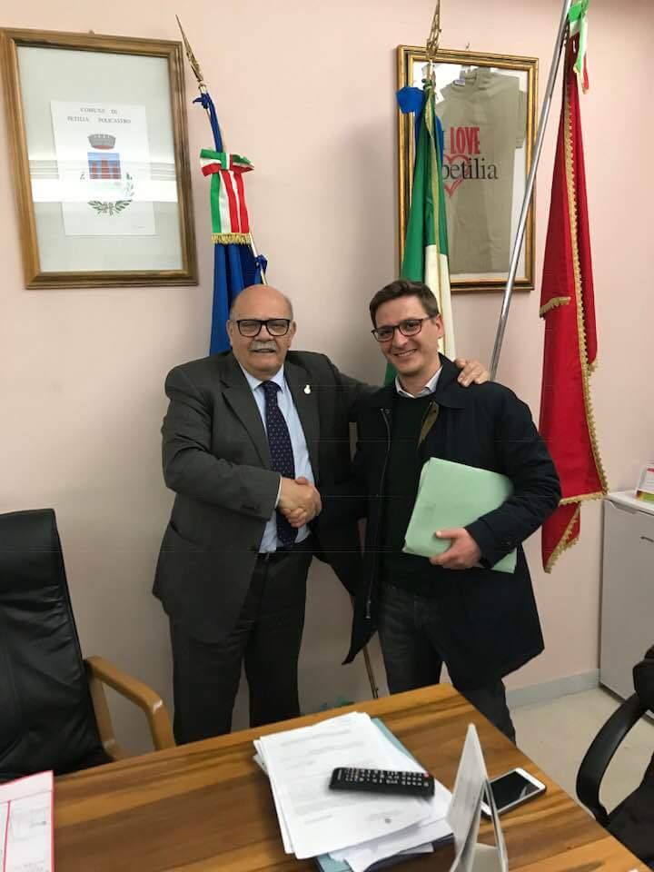 Nicolazzi risponde al comunicato dei movimenti pro Calaminici. Intanto Mangano va dal sindaco