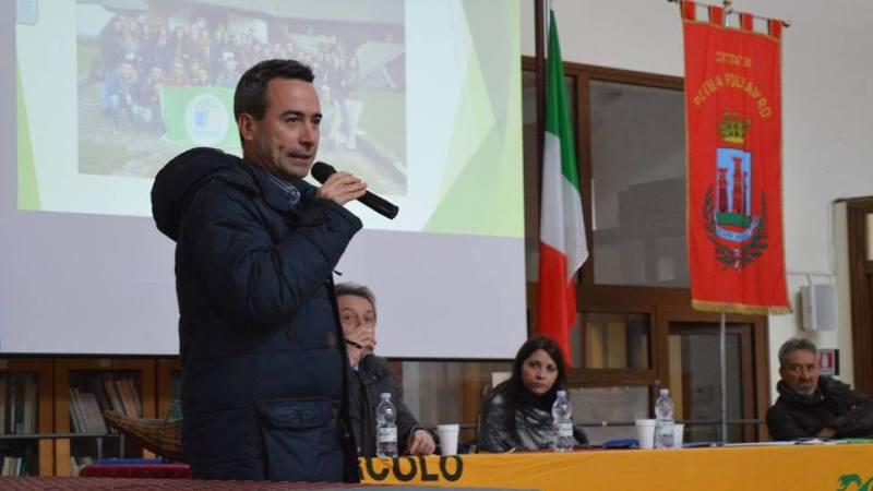 Raccolta differenziata nel Crotonese ed Ecoreati: il Direttore Nazionale di Legambiente ne discute con gli studenti del Liceo R. Lombardi Satriani