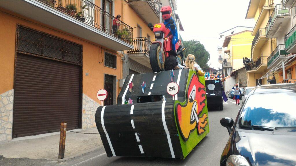 Petilia in festa: il Carnevale organizzato dalla Proloco ha coinvolto un'intera città