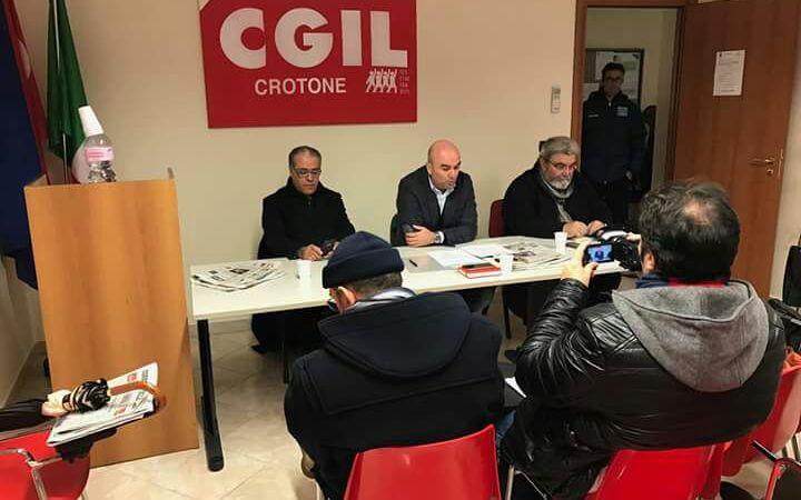 Cgil-Cisl-Uil: pronte ad agire nei confronti delle numerose disfunzioni politiche della classe dirigente crotonese