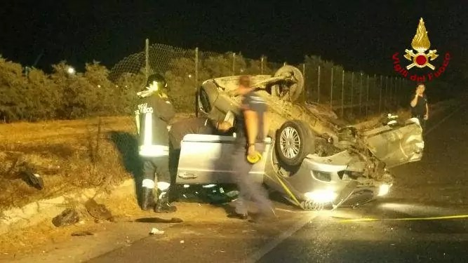 Incidente stradale in zona industriale, intervengono i vigili