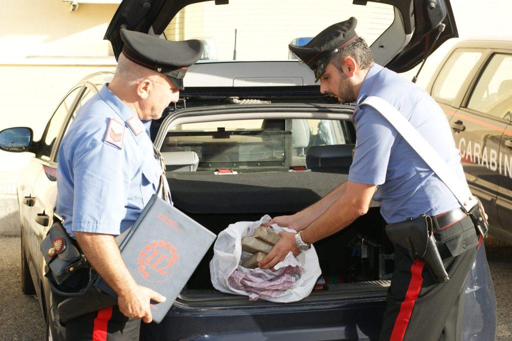 Ritrovato un chilo e mezzo di eroina, due gli arresti