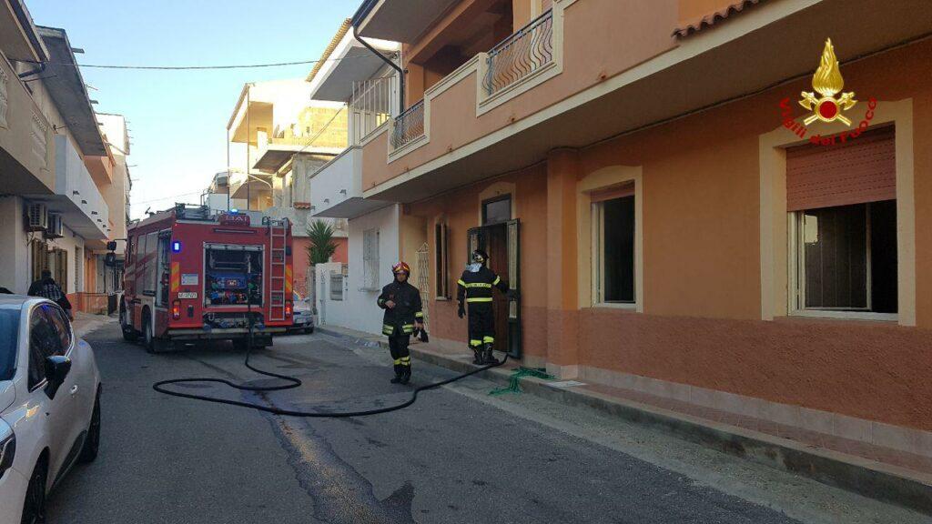 Incendio ad un appartamento di Isola Capo Rizzuto, si pensa ad un dolo